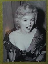 MARILYN MONROE POSTCARD 1956 in London in satin stole