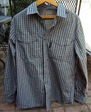 Mens COLUMBIA Outdoor Shirt, Vented Mesh Size Large 60% Cotton 40% Polyester