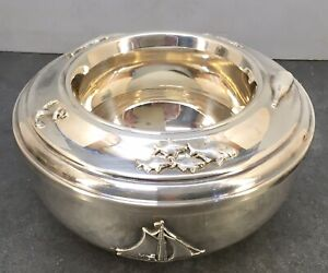 Continental 20th century Sterling Silver lidded Bowl w/ applied decorations.