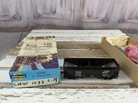 L&M 1073 hopper northwestern boxcar train car toy HO freight