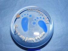 Caithness VETRO fermacarte sabato Bambino Blu New Baby Boy Battesimo articolo da regalo