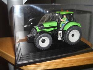 Deutz-Agrotron 235 - 1/32 - Farmer + Serie 4453 -- Lim.Edition - Siku -