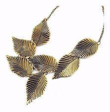 Collane e pendagli di bigiotteria in oro in lega senza pietra