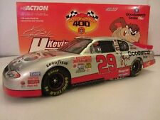 Kevin Harvick #29 Goodwrench Service/Looney Tunes 2001 1/24 NASCAR Cup Diecast