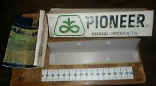 1987 pioneer seeds farmer crop managment set in good shape used
