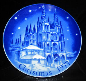 Montgomery Ward Exclusive Limited Edition 1977 Christmas Plate West Germany Blue