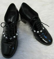 1.5K 2016 Auth CHANEL Black PATENT Leather PEARL Lace-Up OXFORD Shoes CC LOGO