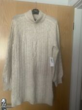BNWT Abercrombie and Fitch Neutral Cable Longline Jumper - Size Medium