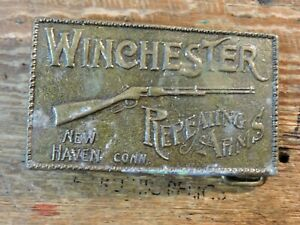 Vintage WINCHESTER Gun Repeating Fire Arms Riffle BELT BUCKLE New Haven CONN