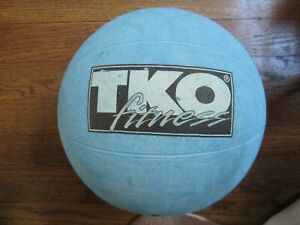 TKO Fitness 8 Pound lb Strength Training Rubber Medicine Ball Fitness Exercise