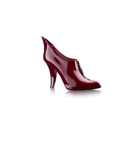 LOUIS VUITTON Diabolik Burgundy Red Patent Leather Wing Zip Low Top Bootie 38/8