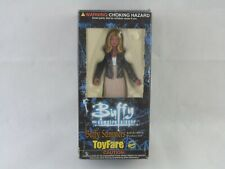 More details for buffy summers the vampire slayer moore action figure toyfare boxed new