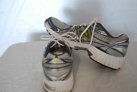 Mens New Balance, Abzorb 500 Running Shoes, Size 11