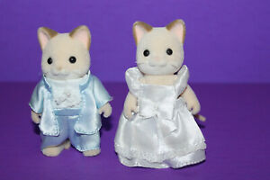 Calico Critters Wedding Just Married Bride & Groom Cats