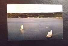 ONE UNUSED POSTCARD FEATURING A SCHOONER RACE IN MAINE UNDATED