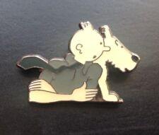 RARE Pin's Tintin et Milou accoudé  PARFAIT ETAT  TDL 212