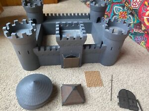 Medieval Plastic Model Castle Around 1/72 Scale Extra Roofs Working Draw Bridge