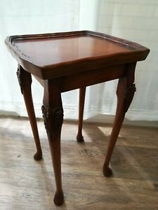 Vintage Bevan Funnell Reprodux Walnut Side Lamp Table Carved Pie Crust Top