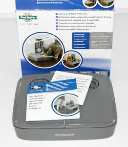 PetSafe Automatic 2 Meal Pet Feeder - feed your pet while you are away from home