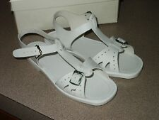 NOS Vintage Children's Shoes / Sandals LITTLE IMP Size 10 Model 2940 Made in USA