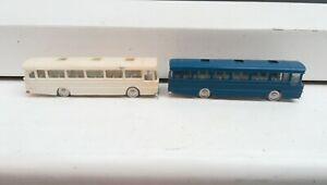 TRI-ANG MINIX - No 14 AEC STRACHANS BUS x2, white & blue