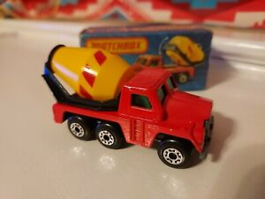 1978 MATCHBOX LESNEY SUPERFAST #19 CEMENT TRUCK NEW IN BOX