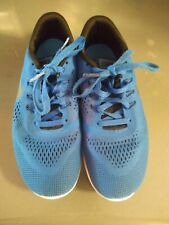 Boys Nike Blue, Black and White Shoes Size 6