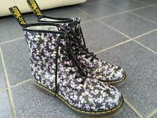 UK9, DR MARTENS BOOTS, 1460 8 EYE, ROUND TOE. LOTTIE BLACK FLORAL FLOWER PRINT