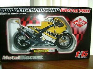 GUILOY Valentino Rossi Laguna Seca Livery Yamaha M1 BIG 1/6 Scale