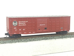 N Gauge / Scale Roundhouse Custom 50' Box Car Canadian Pacific MTL Couplers