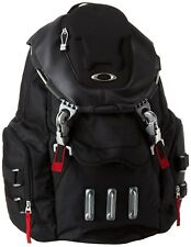 New Men's OAKLEY Bathroom Sink Backpack 23L Capacity 92356-001 Black Red Bag