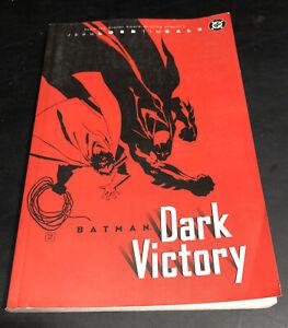 Batman Dark Victory Paperback graphic novel dc comics by Tim Sale Jeph Loeb