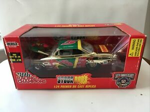 1998 Racing Champions Stock Rods 1/24 Terry Labonte Kelloggs 1962 Bel Air Gold