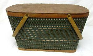 Vintage Hawkeye by Burlington green picnic basket w/ damage