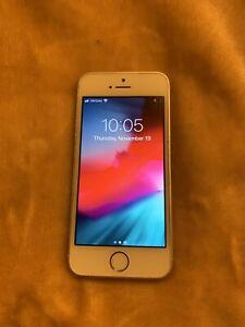 Apple iPhone SE - 16GB - SILVER  A1662 (CDMA + GSM)