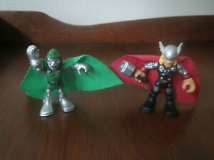 HASBRO IMAGINEXT Marvel Super Heroes Dr. Doom Green Cape & Thor  Red Cape
