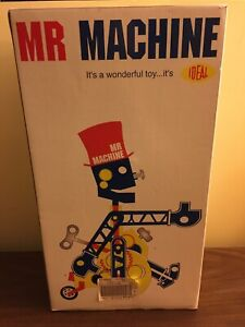 2004 IDEAL MR MACHINE WIND UP WALKING TOY ROBOT INSTRUCTION KEY WRENCH DVD
