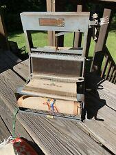 "Vintage Structo Artcraft 8"" Loom - 4 shaft - tabletop Antique Loom"