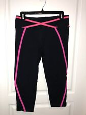 Bebe Sport Capri Pink And Black Never Worn Without/tags Large zipper in back