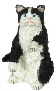 DOLLHOUSE MINIATURE BLACK AND WHITE PERSIAN CAT SITTING #A0174