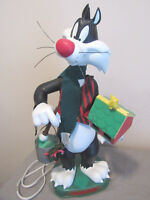 LOONEY TUNES ANIMATED CHRISTMAS MOTION BY MATRIX SYLVESTER 1996-AS IS