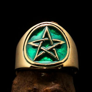 Perfectly crafted round Mens Pentagram Ring 5 Point Star in Circle Green