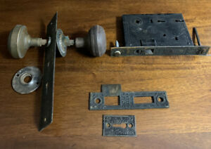 Antique RH Co Door Knob Lock Backplate Set Used parts r.h. 8 Piece