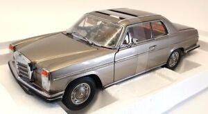 Sun Star 1/18 Scale Model Car 4589 - Mercedes Benz Strich 8 Coupe