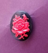 SMALL CAMEO BLACK & RED ROSE BROOCH LAPEL PIN GOTHIC STEAMPUNK HALLOWEEN GIFT