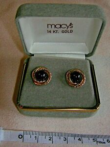 Macys New York 14ct Gold Black Onyx Stud Earrings $200 New