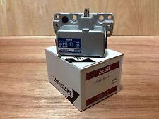 Yamatake Multi Plunger Limit Switch LDVS-5214S