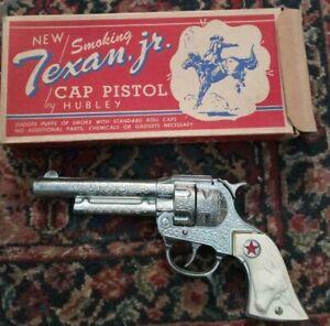 CAP GUN: 50's TEXAN JR. CAP PISTOL with BOX NICE!!!!
