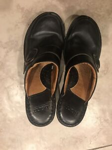 Born Womens Clogs Size US 11 Black Leather Buckle Slip-on Mules Comfortable