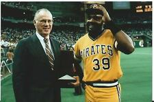 DAVE PARKER PIRATES 1979 ALL STAR GAME 7/17/79 COLOR 5X7 RECIEVING MVP TRPHY